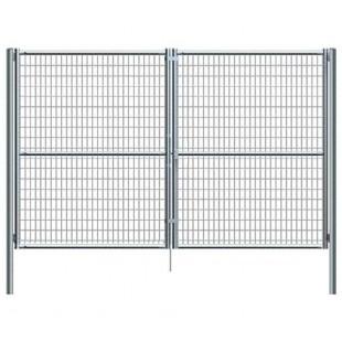 Puerta vehículos, de 5m de ancha X 2m de alta, para cierres con malla de simple torsión. Con panel rígido electrosoldado.