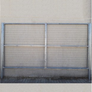 Puerta vehículos, de 3m de ancha X 1,5m de alta, para cierres con malla de simple torsión. Con panel rígido electrosoldado.