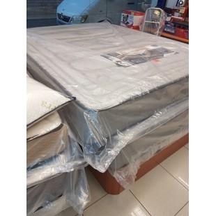 Colchones, somieres, almohadas, canapés, bases tapizadas y cabezales, amplio surtido en diferentes modelos y tallas.