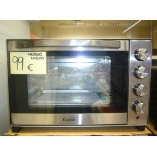 Mini horno nuevo en color acero inoxidable.