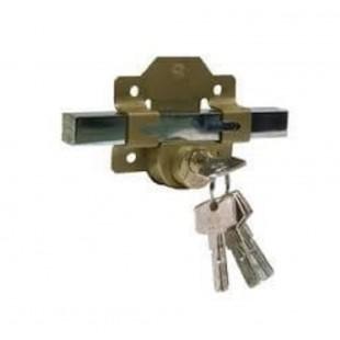 Cerradura llaves, tipo Fac. instalada en puerta Vehicular